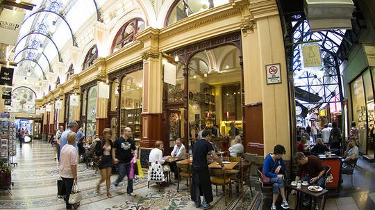Melbourne Shopping and Cultural Walking Tour - 3 Hours