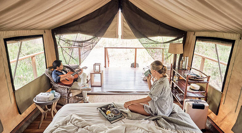 Overnight Deluxe Glamping with Breakfast and Dinner Midweek