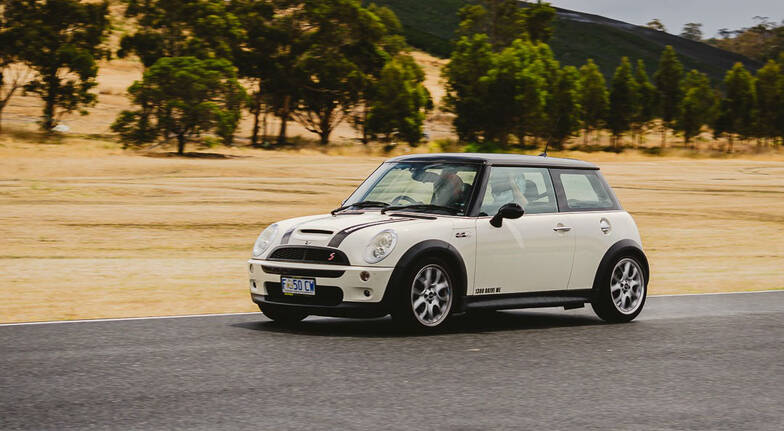 Mini Cooper S Driving Experience at Symmons Plains  5 Laps