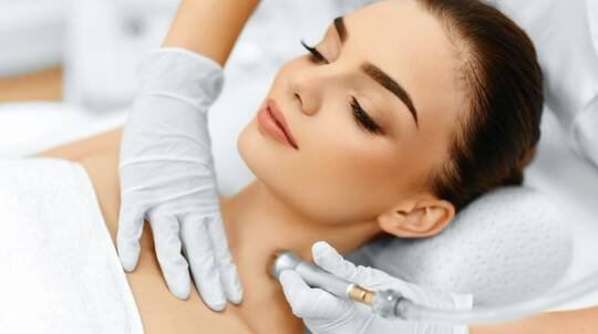 Microdermabrasion and LED Light Therapy - Mount Gravatt