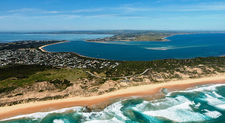 8 Minute Helicopter Flight for 2  Phillip Island
