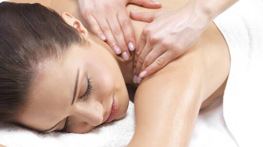 Aromatherapy Body Massage and Back Polish - North Lakes