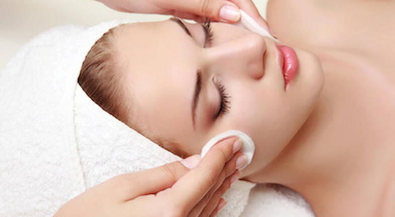 Facial and Blow Dry Pamper Package