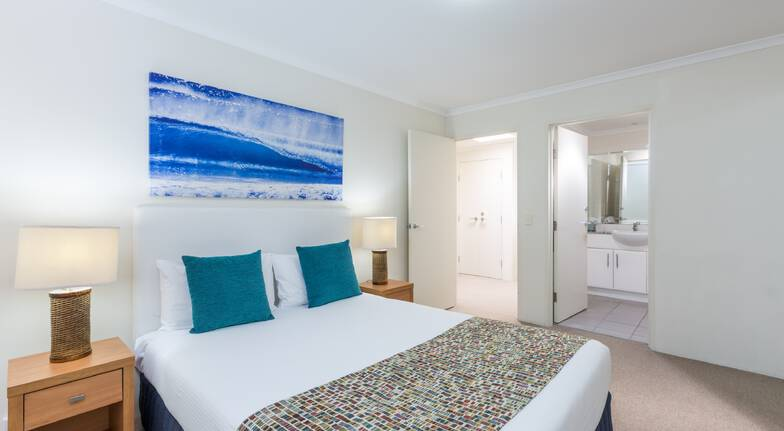 Port Stephens ramada shoal bay bedroom