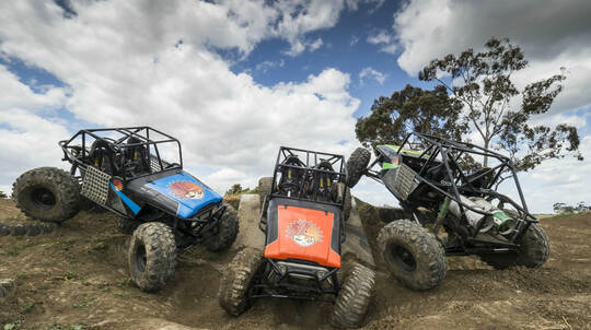4WD Adventure Drive and Passenger Lap - 2 Courses - Weekend