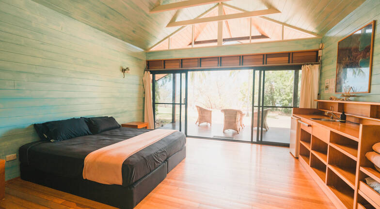 Whitsundays 2 Nights Sailing Resort Stay with Meals - For 2