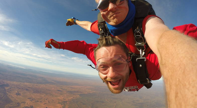 Uluru Daytime Tandem Skydive - 12,000ft - For 2
