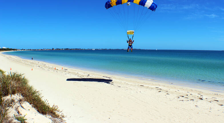Skydive over Beach - 15,000ft - Weekday - Rockingham - For 2