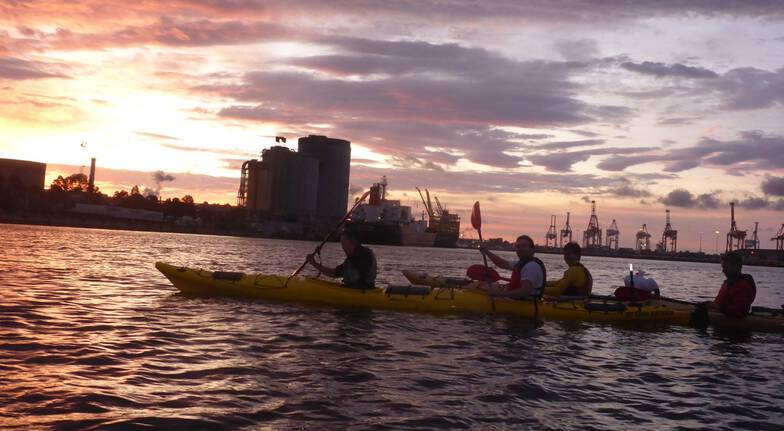 Melbourne City Twilight Sea Kayak Tour - 2.5 Hours