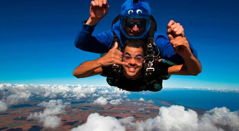 9,000ft Tandem Skydive - Adelaide SA