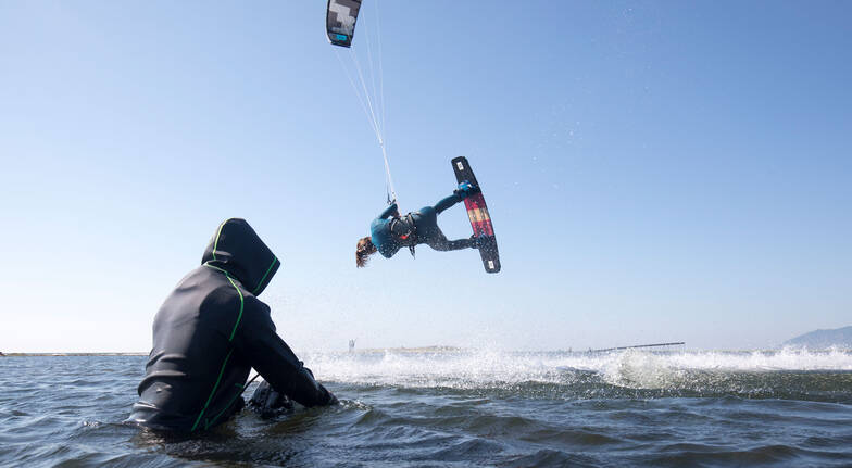 Full Day Kiteboarding Lesson with Lunch