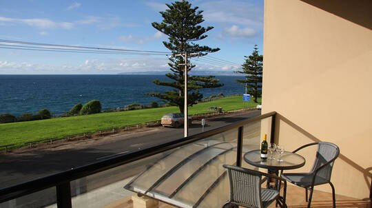 2 Night Kangaroo Island Seafront Stay with Ferry Transfers
