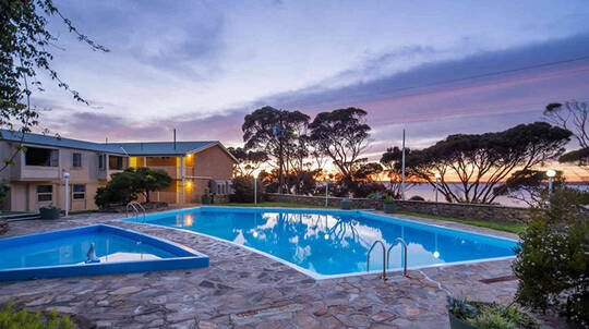 2 Night Kangaroo Island Studio Stay with Ferry Transfers