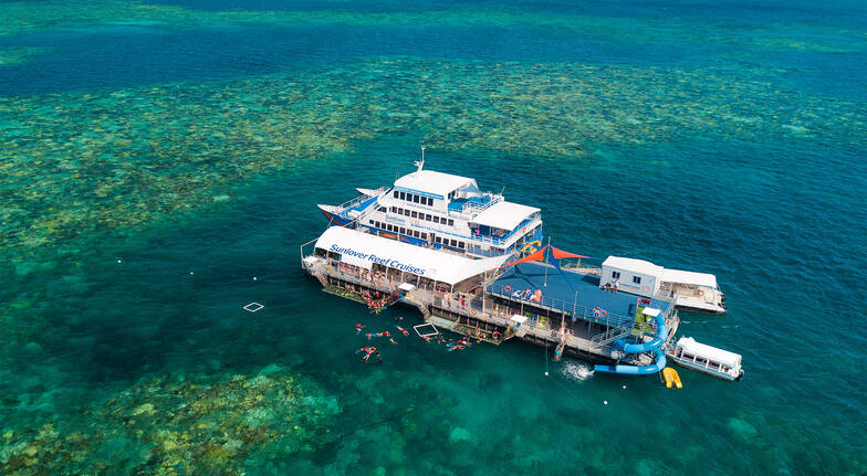 Great Barrier Reef Cruise with Lunch and Snorkelling