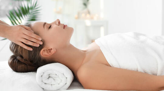 Full Body Massage, Facial and Vichy Shower - 3 Hours