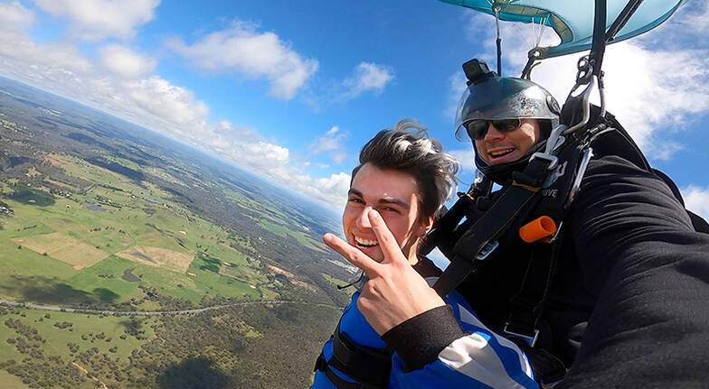 Tandem Skydive over Picton  15000ft  Midweek