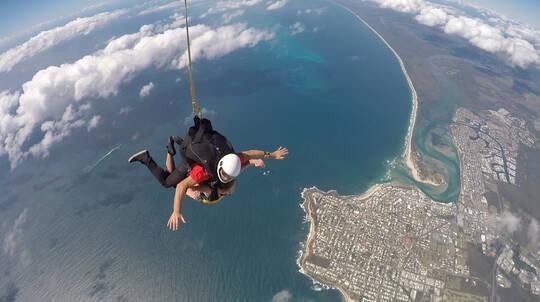 Tandem Skydive Beach Landing 14,000ft - Midweek - Caloundra