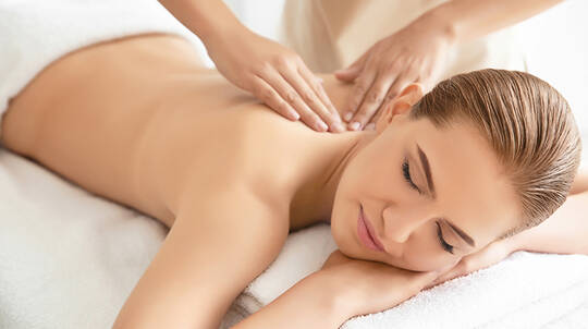 Aromatherapy Back, Shoulder Massage and Facial - 60 Minutes