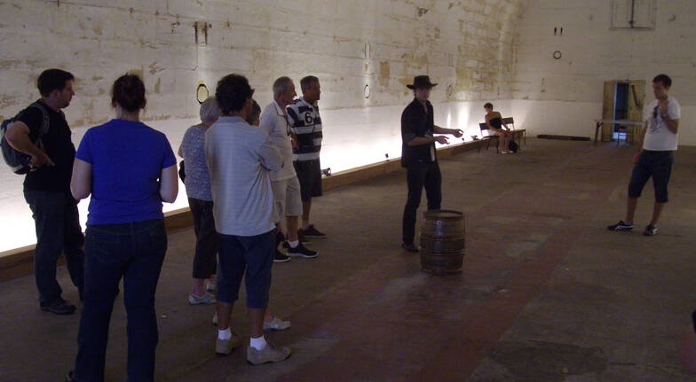 Convicts, Castles Sydney Harbour Tour with Drinks - Adult