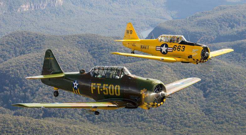 Blue Mountains Adventure Flight in a WW2 Warbird Plane