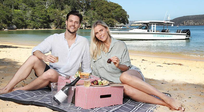 Private Sydney Harbour Cruise with Beach Picnic  For 2