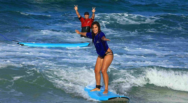 Gold Coast Beginners Group Surf Lesson  2 Hours