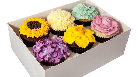 Buttercream Flower Cupcake Class