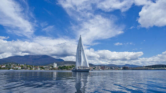 Three Hour Yacht Cruise on the Derwent River - For 2