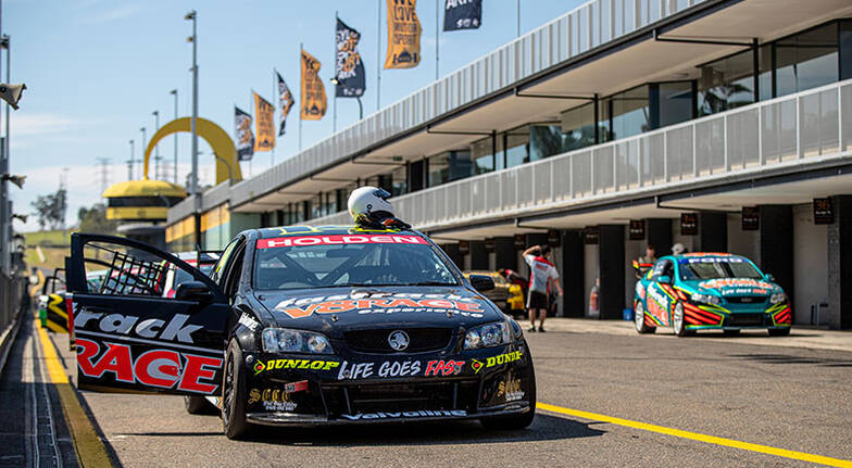V8 Drive and Front Seat Hot Laps  8 Laps  Darwin