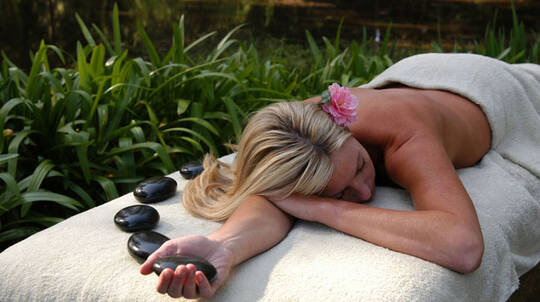 Massage or Facial, Lunch and Wine - 60 Minutes