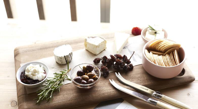 Mornington Peninsula Wine, Cheese & Chocolate Tour - For 2
