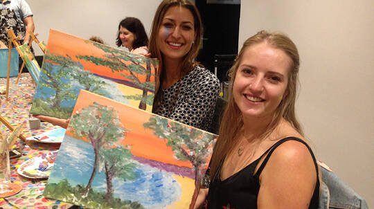 Paint and Sip Class - Surfers Paradise - 1.5 Hours