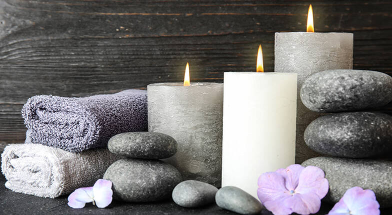 60 Minute Relaxing Hot Stone Massage