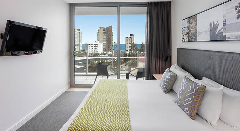 1 Night Gold Coast Midweek Getaway - For 4