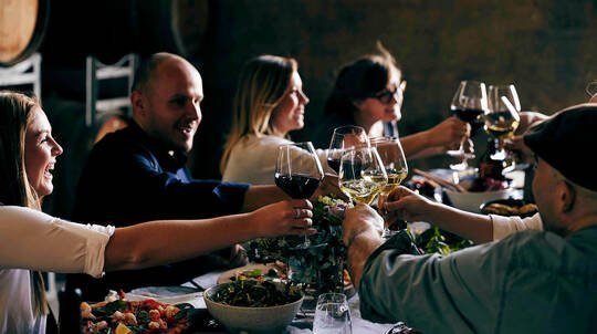 Multi-Course Winery Lunch with Wine - For 2 - Midweek