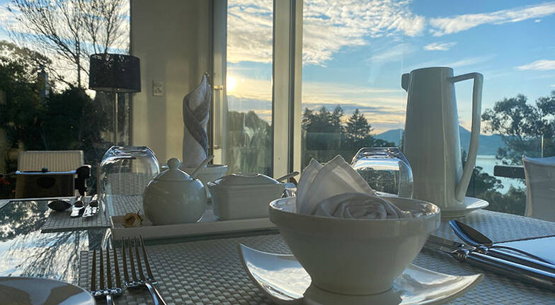2 Night Taupo Luxury Lakeview Stay with Wine - For 2