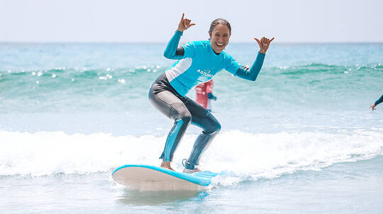 Surf Lesson and Bonus Gear Hire with Photo Pack - 4 Hours