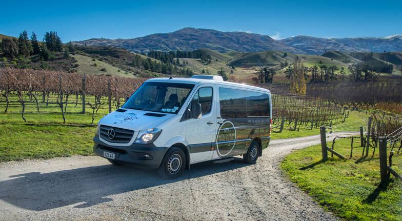 Wine Tour and Lake Wakatipu Cruise on the TSS Earnslaw