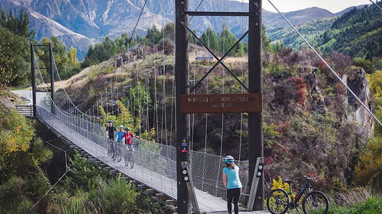 Arrowtown Bridges To Gibbston Self Guided Bike Ride - E-Bike