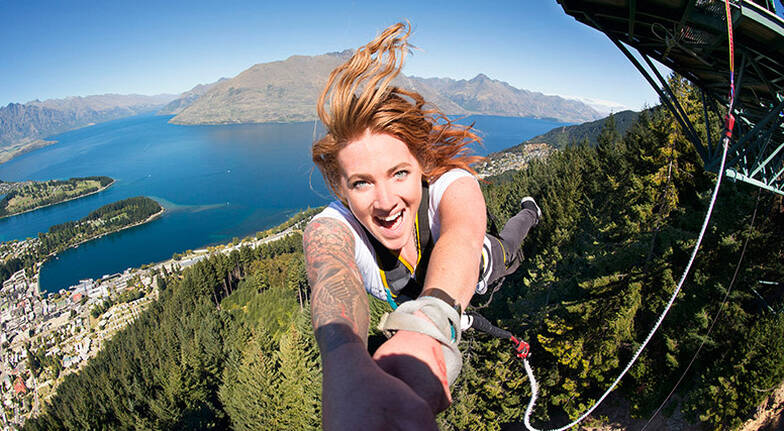 Queenstown Ledge Bungy Jump and Swing Combo