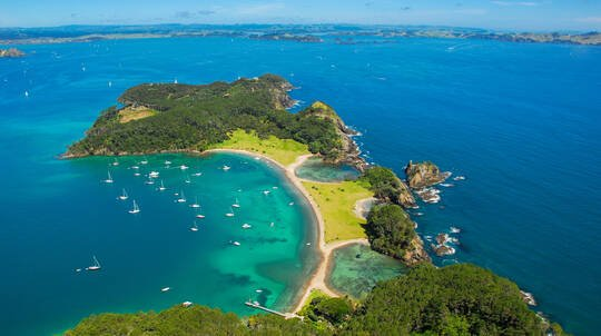 Hole in the Rock Cruise with Whangarei Waterfalls Visit