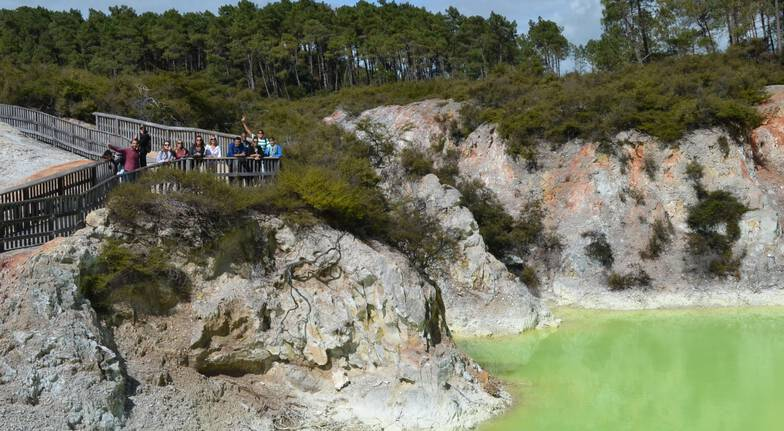 Wai-O-Tapu Half Day Guided Tour