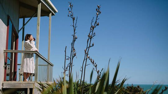 2 Night Kariotahi Beach Spa Retreat with Breakfast - For 2