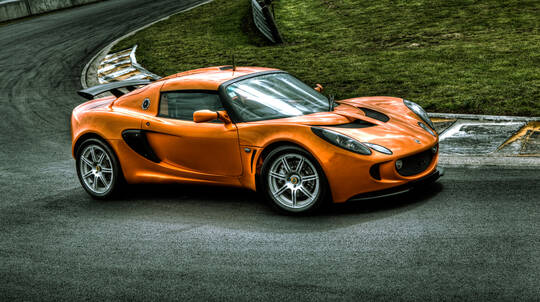 Drive a Lotus Exige Supercar with EvoX Hot Lap