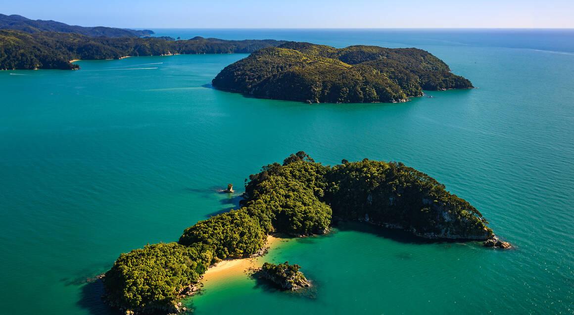 Abel Tasman National Park Scenic Flight - 50 Minutes