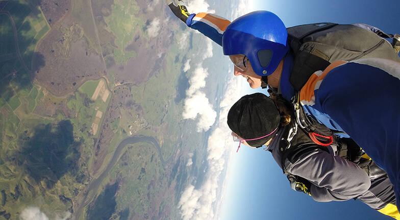 Tandem Skydive Over Waikato Region  9000ft