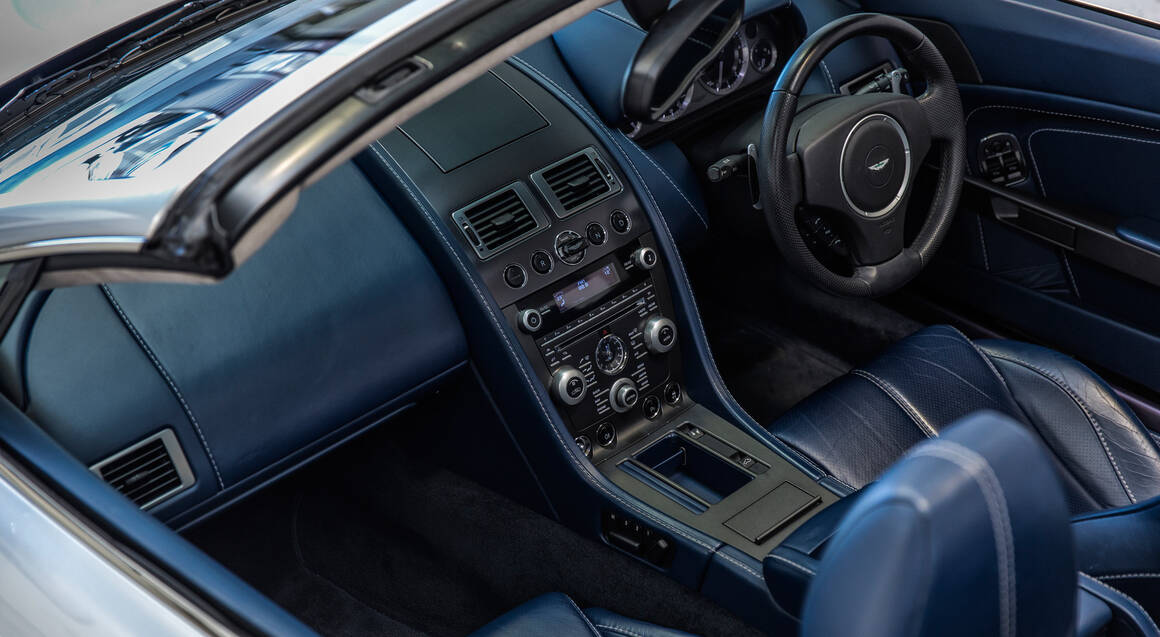 Aston Martin V8 Vantage Queenstown