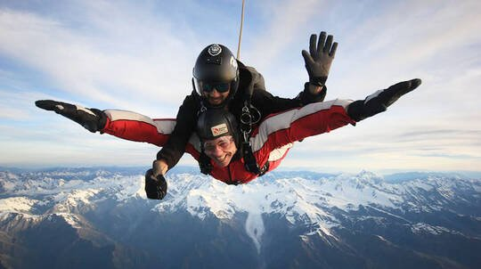 Tandem Skydive over Franz Josef and Fox Glacier - 13,000ft
