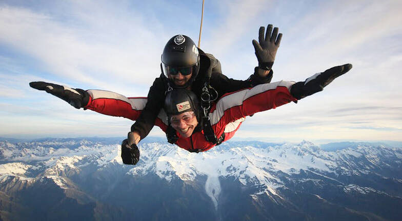 Tandem Skydive over Franz Josef and Fox Glacier  13000ft