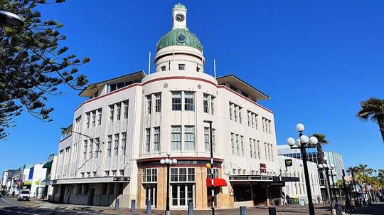Small Group Tour of Napier the Art Deco City - 75 Minutes